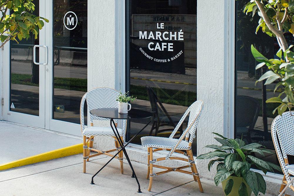 LeMarcheCafe_Interior2